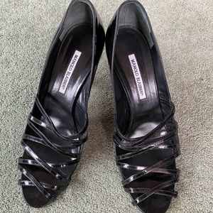 Fabulous Ladies Black Patent Manolo Blahnik Heels